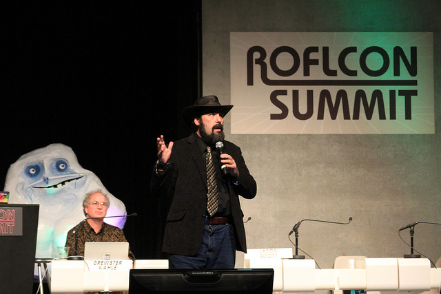 Jason Scott with Internet Archive founder Brewster Kahle at ROFLCon Summit